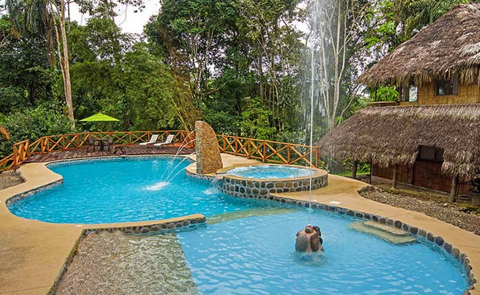 cotococha-lodge-pool