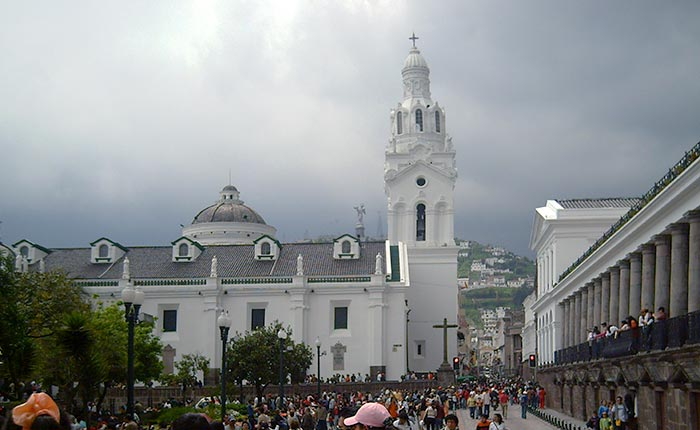 quito-independence-square