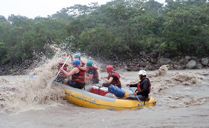 rafting-jatunyacu-action