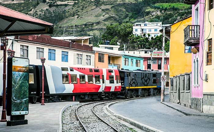 alausi-train
