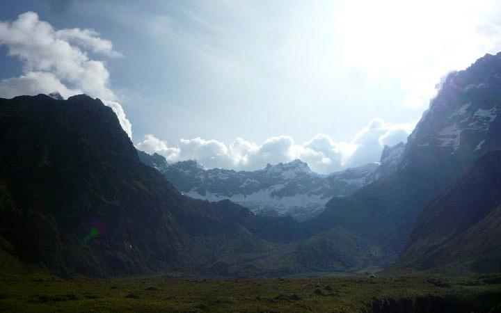 altar-mountain-peaks-sunset