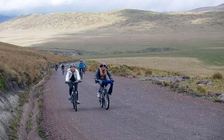 antisana-biking-route