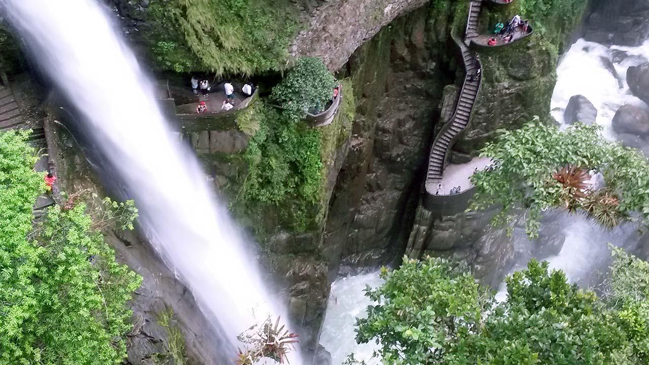 banos-top-pailon-waterfall