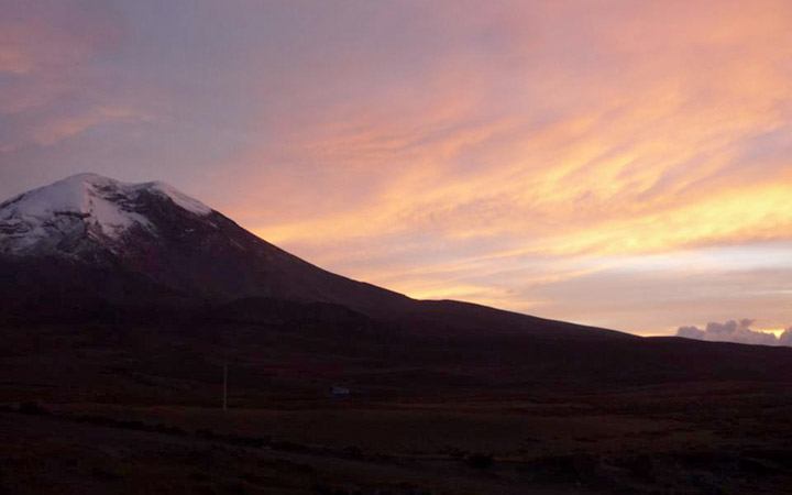 chimborazo-mountain-sunset