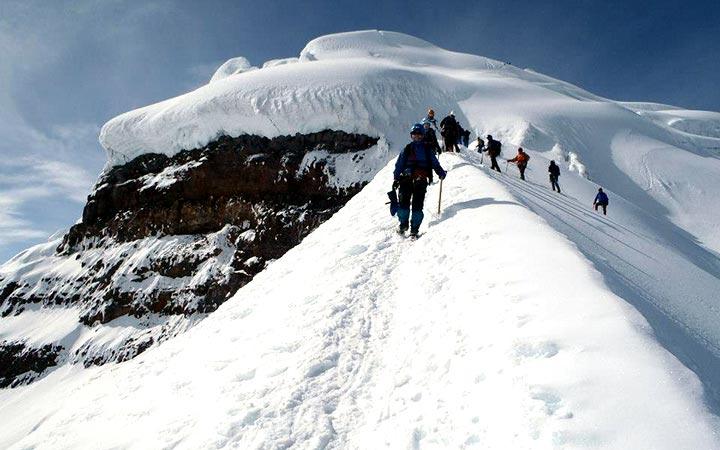 cotopaxi-climbing-decline
