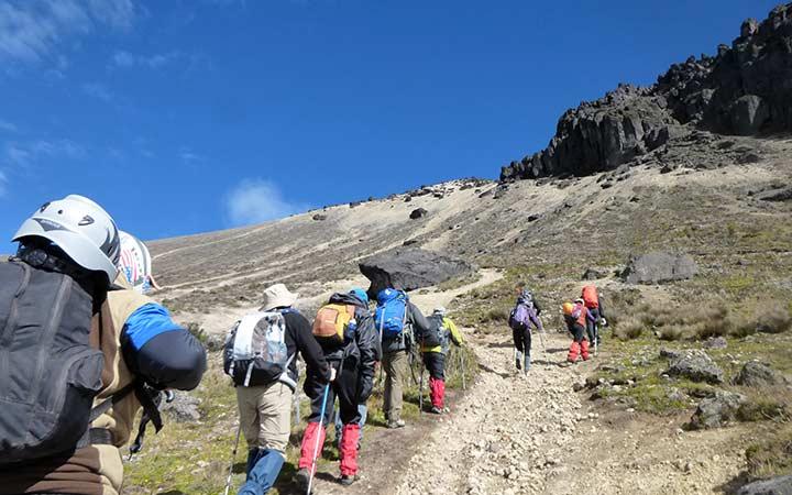guagua-pichincha-climbing