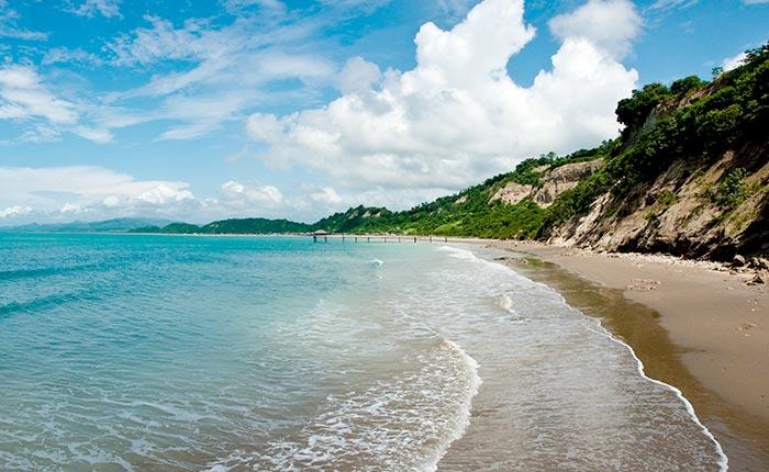 los-frailes-beach-manabi