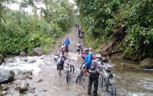 Nono-Mindo Biking Tour
