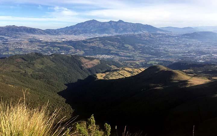pasochoa-climbing-top