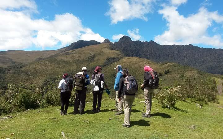 pasochoa-trekking