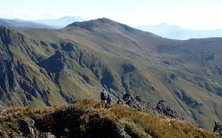 puntas-mountains-peaks