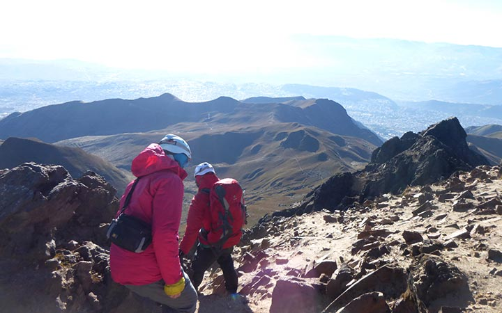 rucu-pichincha-top-summit