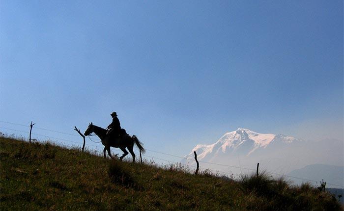 zuleta-ranch-mountains