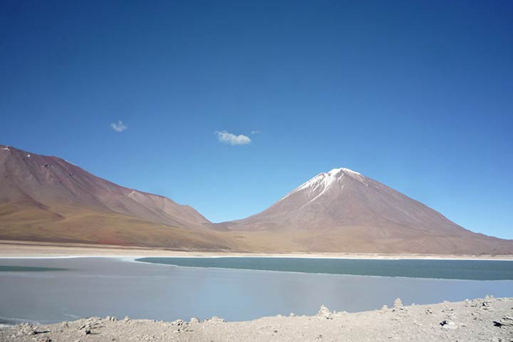 bolivia-lagoon-blue