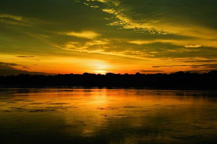 peru-amazon-reserve-sunset