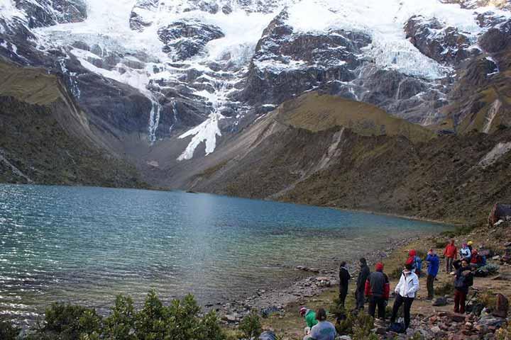 salkantay-trek-lake