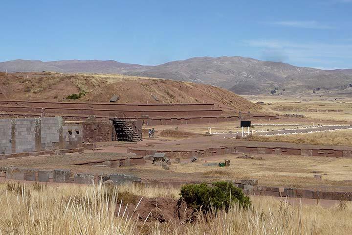 tihuanaco-ruins-desert