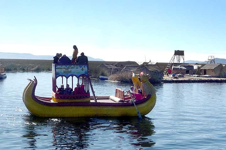 uros-floating-rafts-andean
