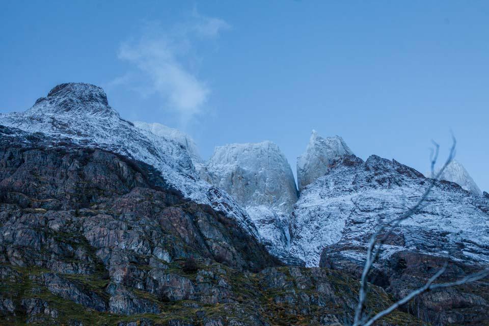 los-cuernos-mountain-peaks